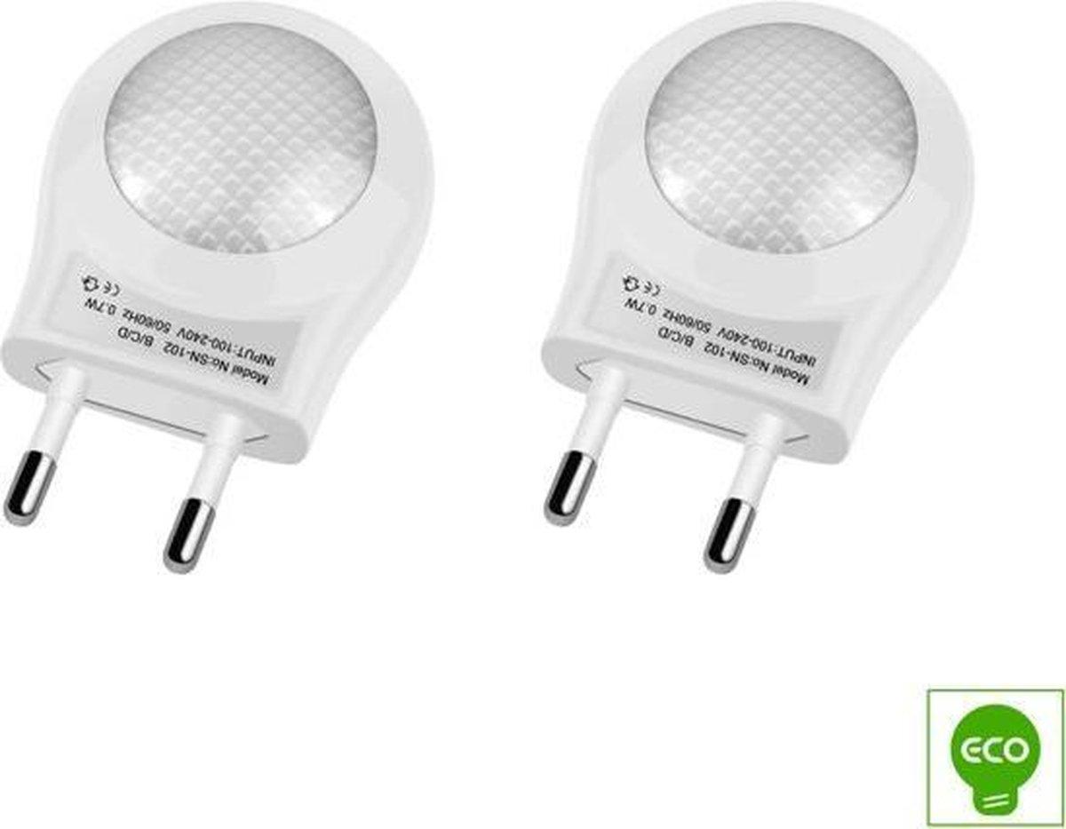 2 Stuks LED Nachtlampje met sensor | Wit | Economisch | Duurzaam |Nachtlamp | Kinderlamp | Stopcontact lamp | Slaapkamer | Hobbykamer