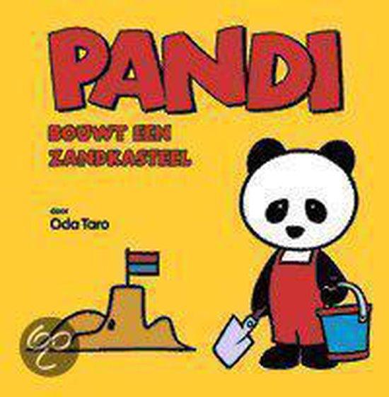 Pandi Bouwt Een Zandkasteel - Taro Oda |