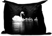 PillowMonkey zitzak - Zwanen op een zwarte achtergrond - zwart wit - 140x100 cm - Binnen en Buiten