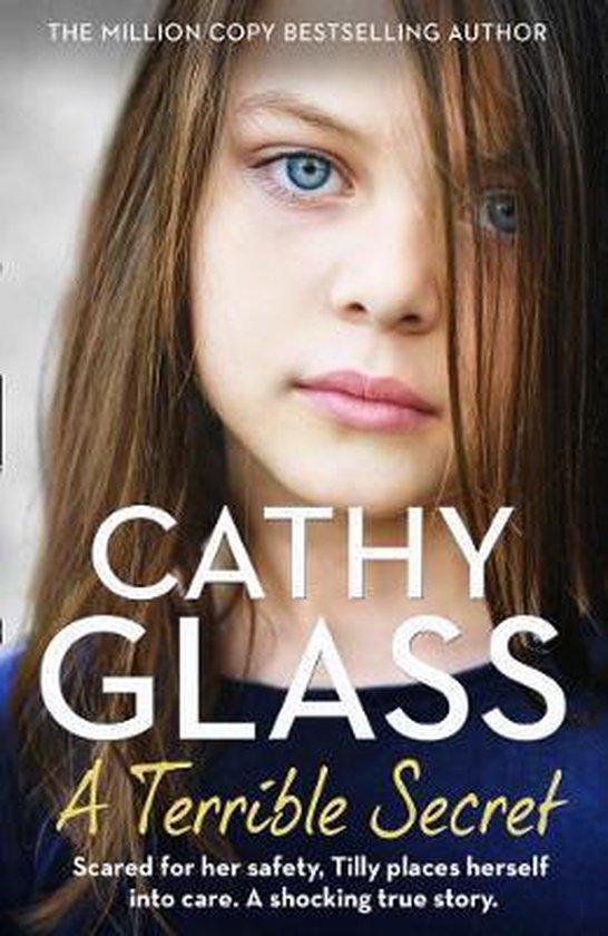 Boek cover A Terrible Secret van Cathy Glass (Paperback)