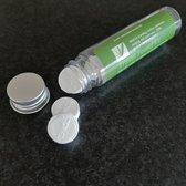 Biologisch afbreekbare geperste doekjes -12 stuks in een herbruikbare koker.