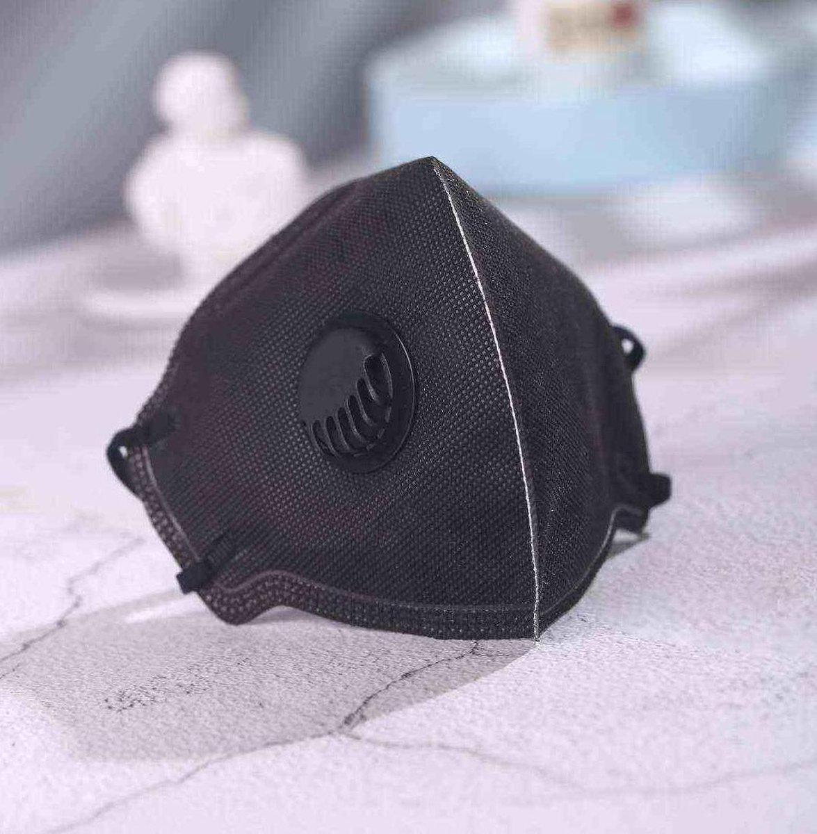 Inuk - FFP2 Mondmasker 8 x Mondkapje Zwart met filter - Topkwaliteit met certificaat - Beste keus op