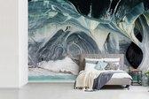 Fotobehang vinyl - Witte kleuren van de marmeren muren in de Marble Caves breedte 420 cm x hoogte 280 cm - Foto print op behang (in 7 formaten beschikbaar)