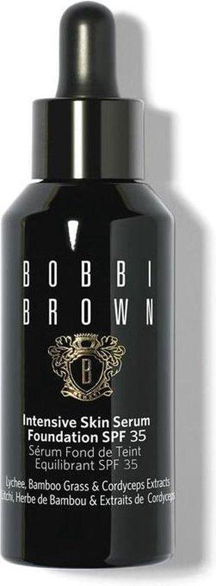 Bobbi Brown Intensive Skin Serum Foundation SPF 35 – kleur 8 Walnut