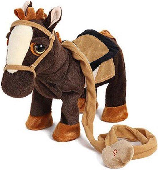 Knuffelpaard - Donker bruin – Loopt lopend Lopende – Speelgoed – Electrisch – Muziek – Batterijen – Bewegend – Kerst – Sinterklaas – Cadeau – Hinniken – Pony – Paard – Pluche – Horse – Toy – Kinderen – Jongen Meisje