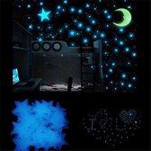 Glow In The Dark Sterren Met Maan - Decoratie Stickers - Muurstickers - Kinderkamer Decoratie - Kinderen