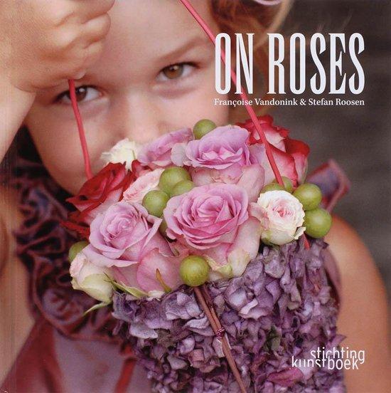 Cover van het boek 'On roses'