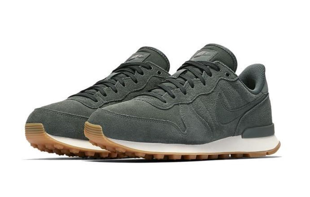nike internationalist dames legergroen