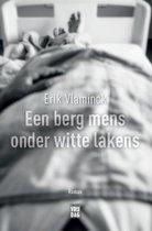 Een berg mens onder witte lakens