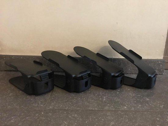 Schoenen opbergsysteem - 10 stuks - zwart - verstelbaar