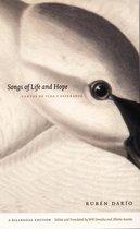 Boek cover Songs of Life and Hope/Cantos de vida y esperanza van Ruben Darío