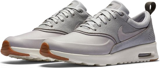 Nike Wmns Air Max Thea PRM Leren Sneaker | Avantisport.nl