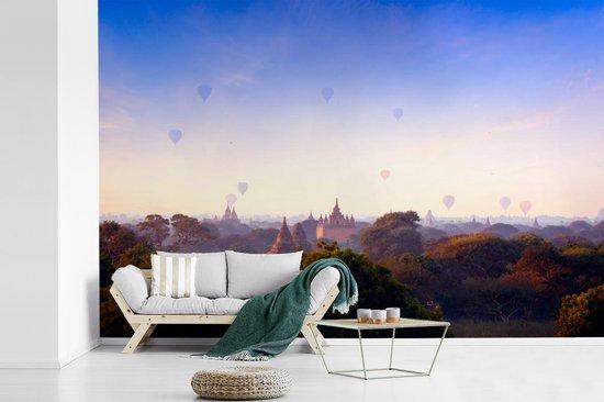 Fotobehang vinyl - Ananda-Tempel bij ochtend Bagan in Myanmar breedte 360 cm x hoogte 240 cm - Foto print op behang (in 7 formaten beschikbaar)