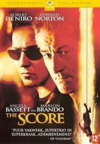 Score (D)