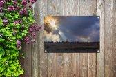De zon breekt door de wolken en schijnt over Jeruzalem in Israël Tuinposter 90x60 cm - Tuindoek / Buitencanvas / Schilderijen voor buiten (tuin decoratie)