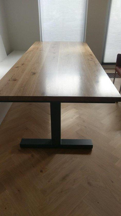 Industriele tafel eiken met metalen T poot eettafel 2.40 m