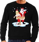 Foute kersttrui / sweater dronken kerstman en kerstvrouw na kerstborrel/ feest zwart voor heren - Kersttruien S (48)