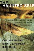 Boek cover The Haunted Self van Onno van der Hart (Hardcover)