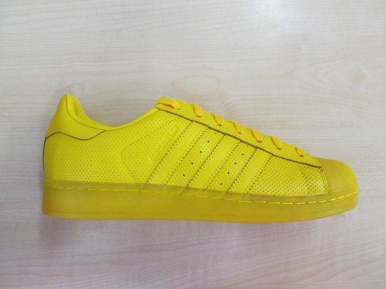 bol.com | Adidas superstar adicolor geel s80328, maat 43 1/3