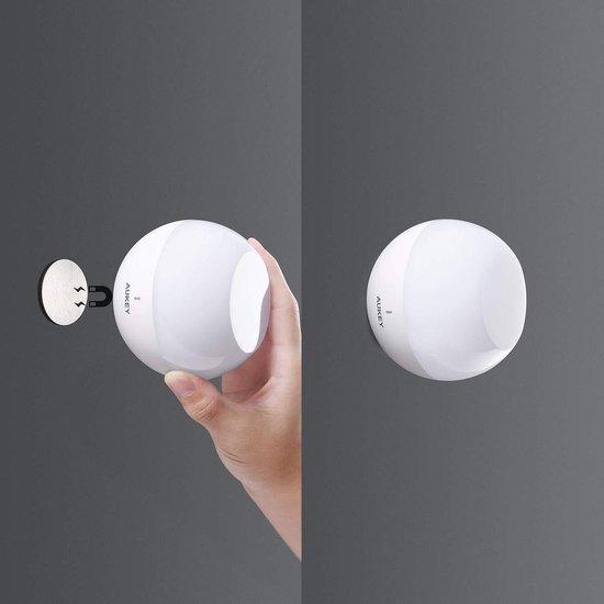 AUKEY nachtlampje, oplaadbare nachttafellamp, waterdichte & druppel-resistente tafellamp conform IP65 met RGB-kleurverandering & dimbaar wit licht