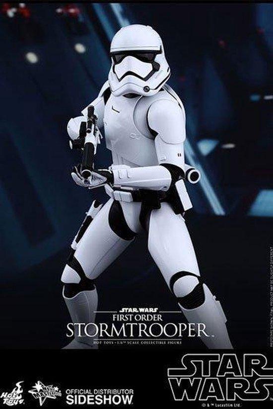Afbeelding van het spel Star Wars Episode VII Movie Masterpiece Action Figure 1/6 First Order Stormtrooper 30 cm