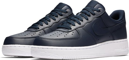 bol.com | Nike Air Force 1 '07 Sneaker Heren Sneakers - Maat ...