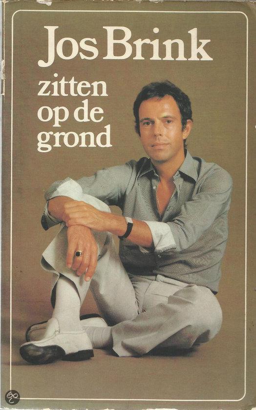 Boek cover Zitten op de grond van Jos Brink (Hardcover)