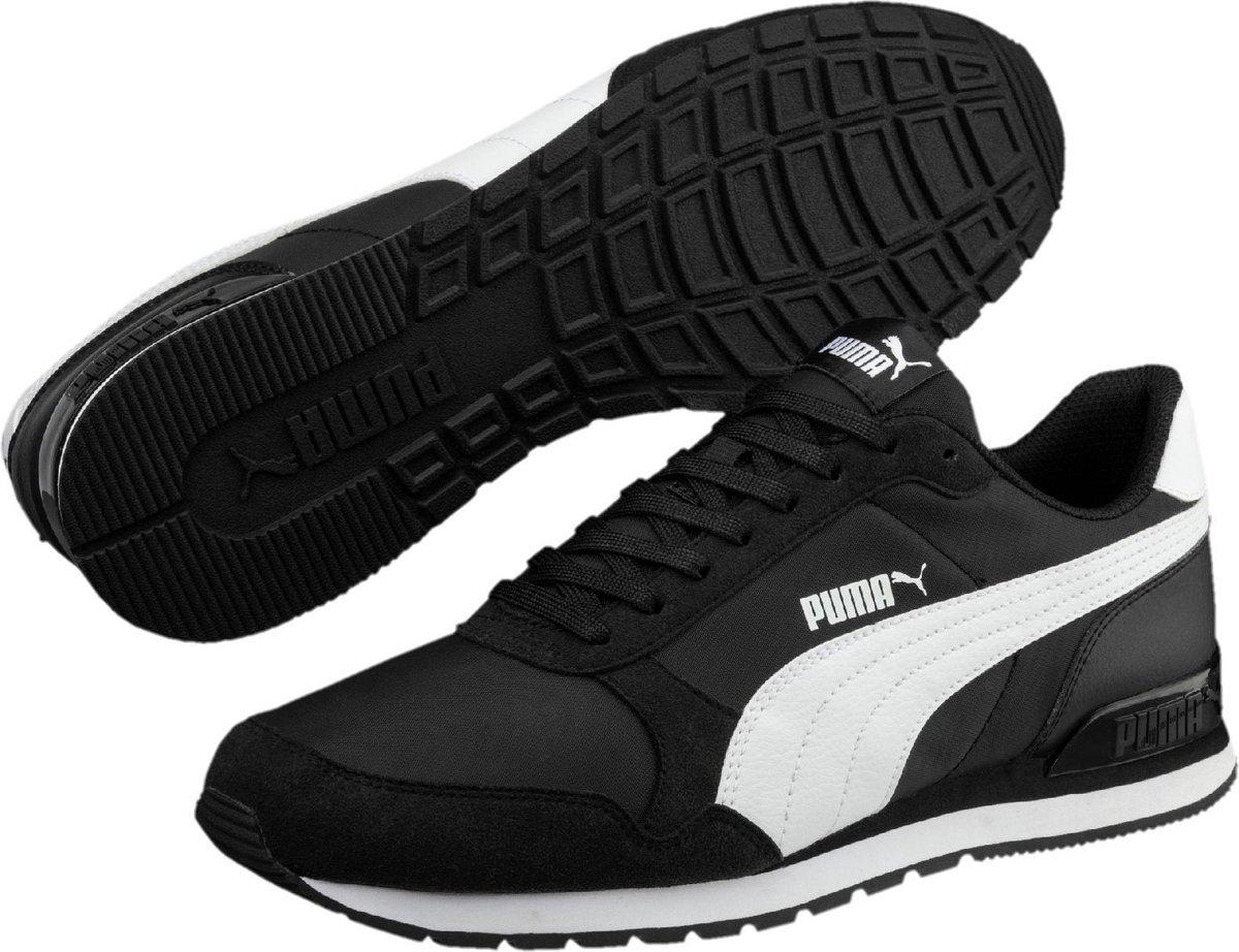 PUMA St Runner V2 Nl Sneakers Unisex - Puma Black / Puma White - Maat 44.5