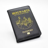 Harry Potter Paspoorthoesje - Gratis Deathly Hallows Sleutelhanger t.w.v. 9,99 - Hogwarts Paspoorthouder - Harry Potter Paspoort Cover