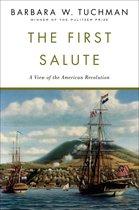 Boek cover First Salute, The van Barbara W. Tuchman (Paperback)