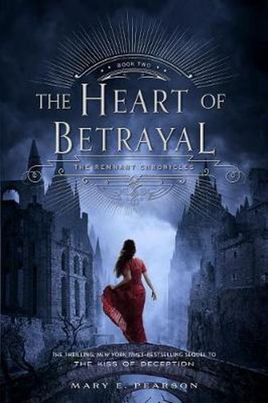 Boek cover The Heart of Betrayal van Mary E Pearson (Paperback)