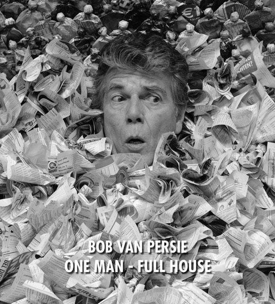 One man - full house - Bob van Persie   Fthsonline.com