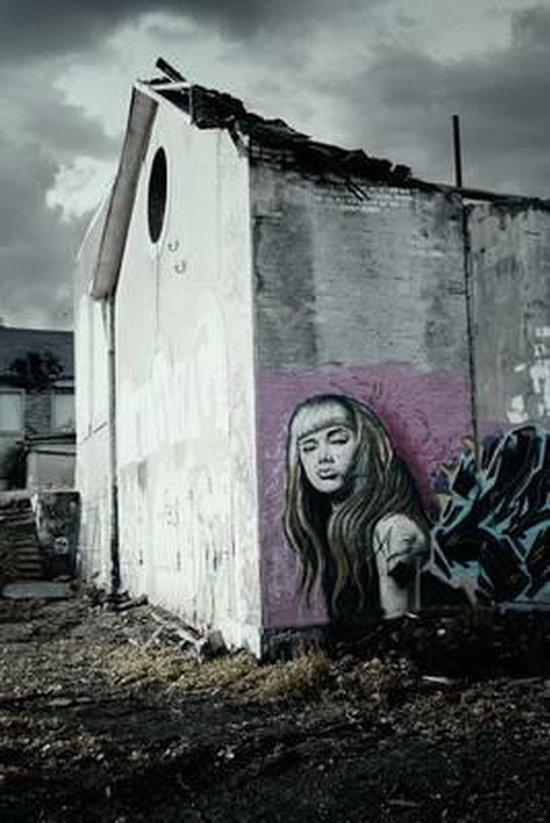 Graffiti House ~ UrbexTeam ~ De zoektocht naar het verleden... | 823x550