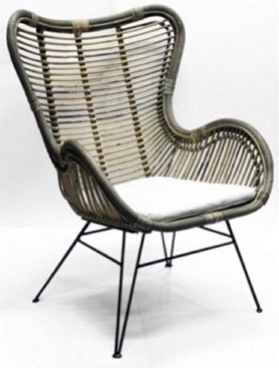 Rotan stoel luxe fauteuil incl. wit kussen