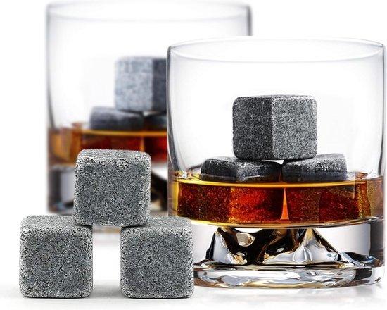 Whisiskey® Luxe Whiskey Stones Set - 9 stuks - Natuursteen Whiskey Stenen Voor Glazen - IJsblokjes - Fluwelen Opbergzak - Herbruikbare IJsblokjes - IJklontjes Steen - Ice Cube - Drank Koeler