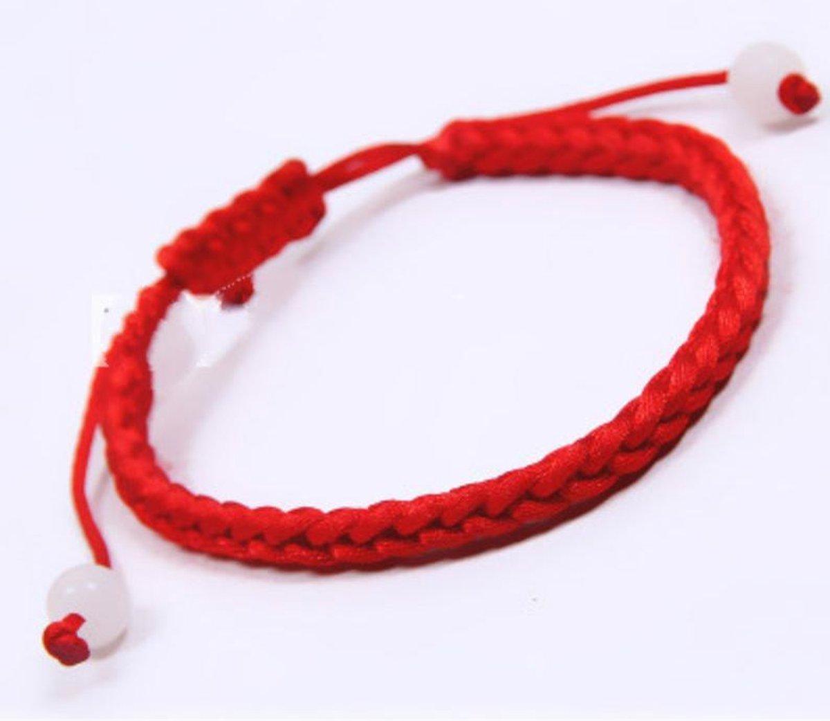 Rode armband - draad met kralen