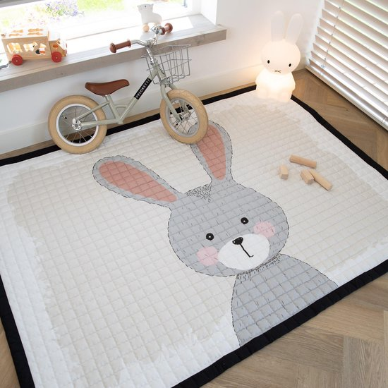 Love by Lily - groot speelkleed - Hop Up And Down Rabbit - 150x200cm