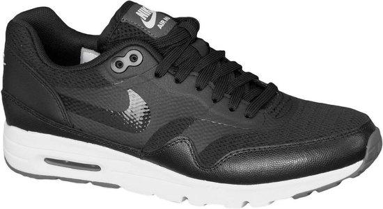 bol.com | Nike Air Max 1 Ultra Essential - Sneakers - Zwart ...