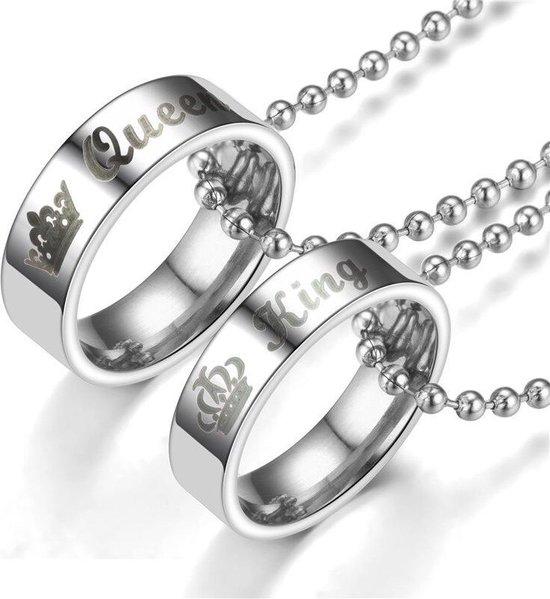Valentijn Cadeautje voor Hem en Haar | King & Queen Ringen Ketting Set | Speciale Valentijnsdag Cadeautjes verpakking | Kettingen | Geschenkset | Liefdes Cadeau | Relatie Cadeau | Koppels Cadeau | Romantisch Cadeau