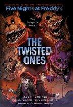 Boek cover The Twisted Ones (Five Nights at Freddys Graphic Novel 2) van Kira Breed-Wrisley (Paperback)