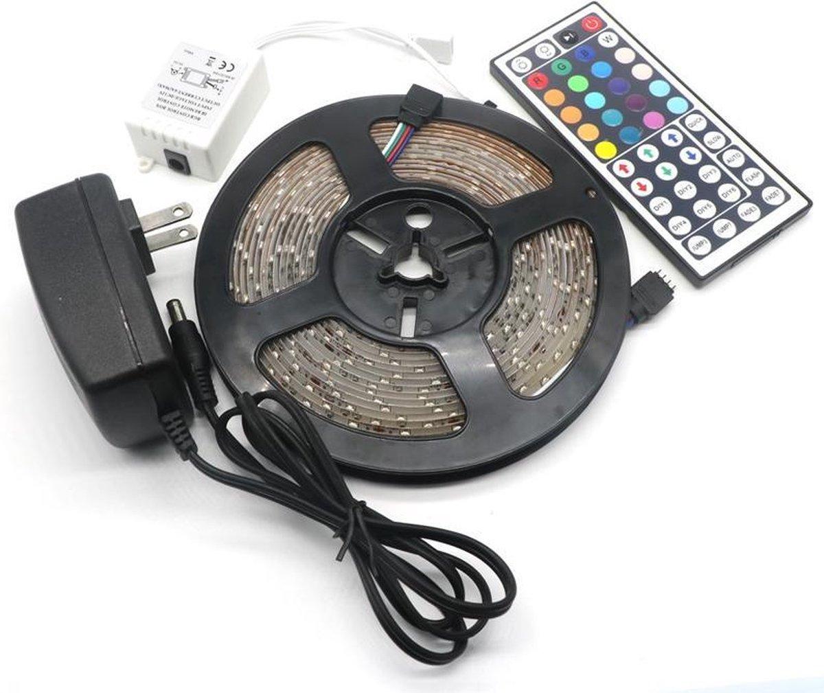 LED-strip - 5m - multi-colour - met afstandsbediening op De Prijzenvolger