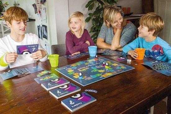 Thumbnail van een extra afbeelding van het spel Squla Familiebordspel - voor groep 4-8 + ouders - Educatief Bordspel Leerzaam Speelplezier + Regenwormen junior dobbelspel  - gezelschapsspel - educatief spel - Verbetert taal, rekenen, geschiedenis, natuur & techniek, aardrijkskunde en geheugen