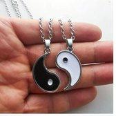 Akyol® Yin Yang Ketting   Tweedelige ketting   Voor 2 vriendinnen   Vriendschapsketting