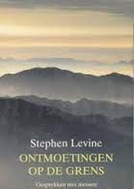 Boek cover Ontmoetingen Op De Grens van Van Hove E.M. (Paperback)