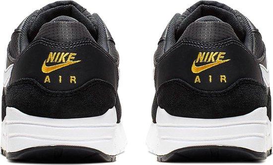 bol.com | Nike Air Max 1 Sneakers - Maat 37.5 - Unisex ...