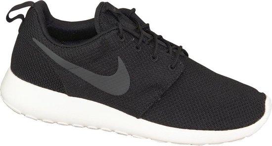 Nike Rosherun Sneakers Heren Maat 44.5 Zwart