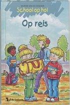 Boek cover School Op Hol / Op Reis / Druk 1 van Marion van de Coolwijk