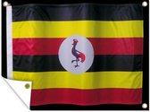 De vlag van Oeganda op een zwarte achtergrond Tuinposter 160x120 cm - Tuindoek / Buitencanvas / Schilderijen voor buiten (tuin decoratie) XXL / Groot formaat!