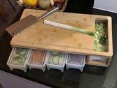 HUISSON® Houten snijplank XXL met 5 opvangbakken - 50 x 27 x 10 cm -  Keukengerei - keuken accessoires - Groentesnijder - Snijplank hout - BBQ