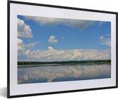 Foto in lijst - Water in het Nationaal park Murchison Falls fotolijst zwart met witte passe-partout 60x40 cm - Poster in lijst (Wanddecoratie woonkamer / slaapkamer)